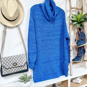 💙🖤FREE PEOPLE•turtleneck oversized sweater